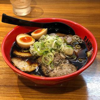 富山ブラックW肉盛りそば(味玉入り)(麺家 いろは  CiC店)