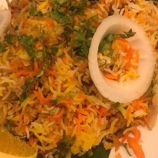 チキンビリヤニ(カーンケバブビリヤニ (Khan kebab biryani))