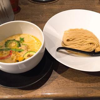 夏のとうもろこしと白味噌のつけ麺(みつか坊主 醸 (カモシ))