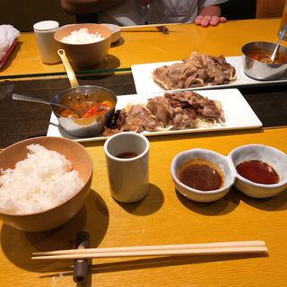 和牛リブロース薄焼(肉1.5倍)(岡半 本店 (オカハン))