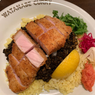 黒咖喱 とんかつトッピング(渡邉カリー)