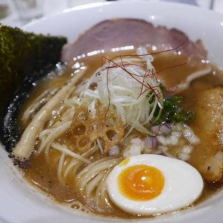 豚骨煮干ラーメン(麺や 齋とう)
