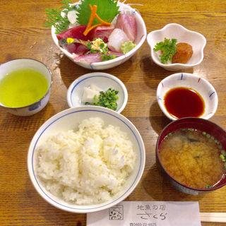 刺身定食(さくら 駅前店 )