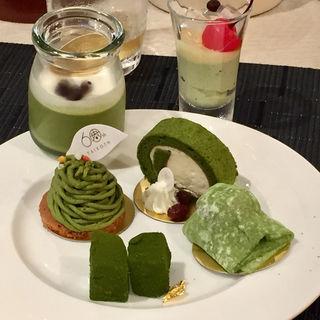 抹茶スイーツ&スイーツビュッフェ(淀川邸 (よどがわてい))