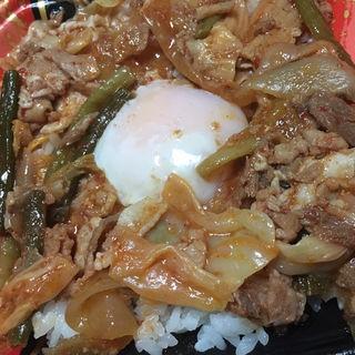 豚キムチ丼(ディナーベル ススキノ南7条店)