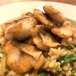 ホウボウのもち麦・玄米のトムヤムクリームリゾット