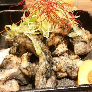 鶏の炭火焼き(中)