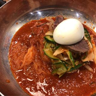 ビビン麺(ぴょんぴょん舎 Te-su (ピョンピョンシャ テェス))