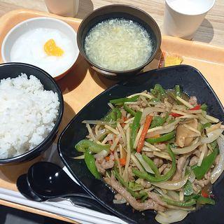 牛肉とピーマン炒め(阿里城 川崎ルフロン店)