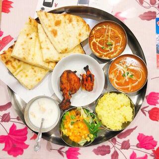 ランチDセット (ナンをチーズナンに変更)(インド・ネパール料理 ロード・ブッダ 梅屋敷店 )