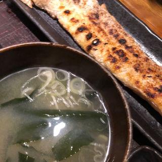 サーモンハラス干し定食(越後屋八十吉 (エチゴヤヤソキチ))