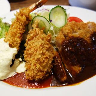 ミックスフライ定食(キッチンヨーロッパ)