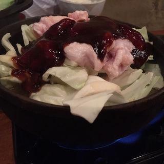 鉄鍋ホルモン(旬鮮馳走 碧亭 (しゅんせんちそう・へきてい))