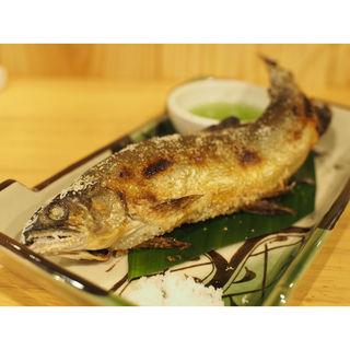 鮎塩焼き(立呑やいしもん梅田店)