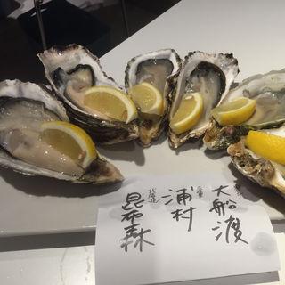 牡蠣盛り合わせ(IKI OYSTER BAR (イキ オイスターバー))