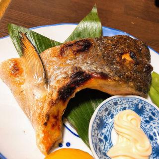 鮭かま塩焼き(半兵衛 )