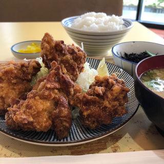 こんがり鶏の唐揚げ定食(SAKAI総合医療センター食堂 (まいどおおきに食堂))