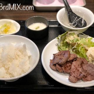 牛タン塩焼き定食(炭家 たかを)