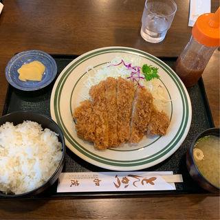 ロースカツ定食(とんかつ加茂 )