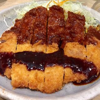 わらじトンカツハーフ(ソース・味噌)(矢場とん 矢場町本店 (やばとん))