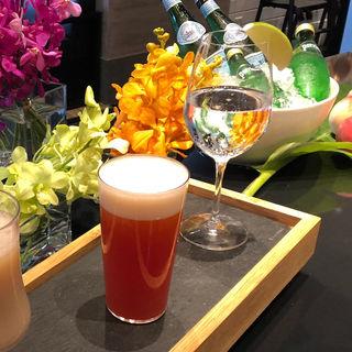 ピンクアイ(カフェ クベール (CAFE COUVERT))