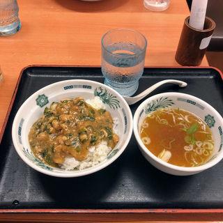 ミニバジルチキン丼(日高屋 祖師谷大蔵店 )
