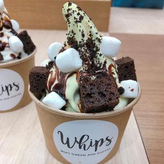 ピスタチオ チョコレート (ソフトクリーム)(whips)