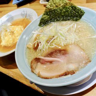 絡むネギラーメン+半天津飯セット(麺と出汁が絡むとき)