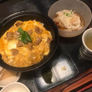 比内地鶏親子丼(本家あべや 神楽坂店 )