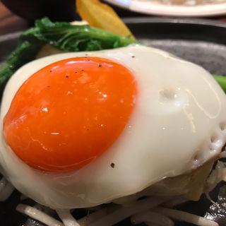 黒毛和牛100%フレッシュハンバーグ ランチ  レギュラー(目玉焼きトッピング)(ミート矢澤 (ミートヤザワ))