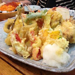 天ぷら盛り合わせ(鷹丸鮮魚店 4号店 )
