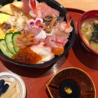 旬魚丼(旬魚亭)