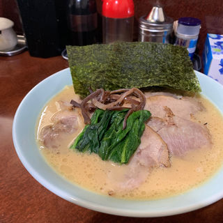 チャーシューメン(醤油)(横浜ラーメン 壱鉄家 )
