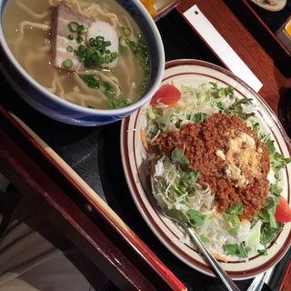 沖縄そば(黒うさぎ 麹町店 (くろうさぎ))