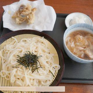 たっぷりかしわと玉葱の温ったかつけ汁冷んやりざるうどん舞茸の天ぷらスペシャル(だいこんおろし付)(ウエスト 向新町店)