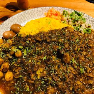 牛スジ&パリップカレー(ディッシュカリー&レリッシュ (Dish curry&relish))