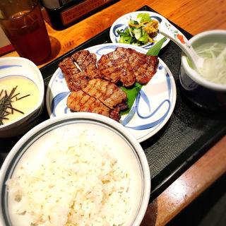 牛たん三種盛りセット(ねぎし 114ビル店 )