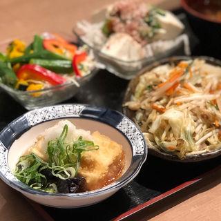 揚げ出し豆腐と茄子(ザめしや 伊丹南店 )