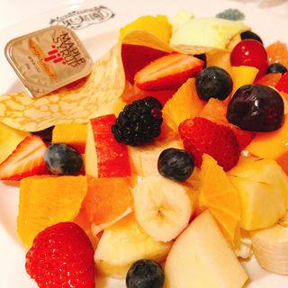 季節のフルーツのクレープ (果実園 東京店 )