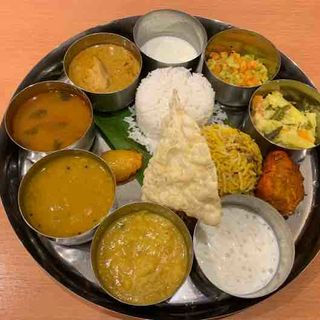 ノンベジミールス(カレーリーブズ カフェ&レストラン (Curry Leaves Cafe&Restaurant))