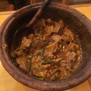 土鍋マトンカレー(KING LION スリランカレストラン&バー)