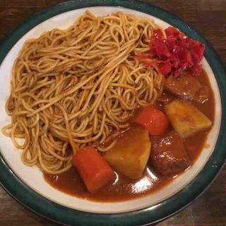 カレースパゲッティ(タピオラ )