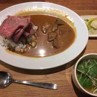 肉盛りカレー(牛たん ITADORI)