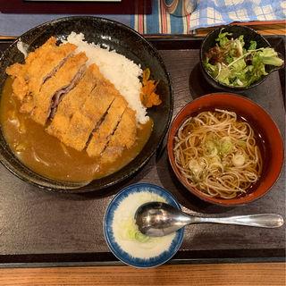 カツカレーランチ(サラダと汁そば付)(寿屋 寿庵 (じゅあん))