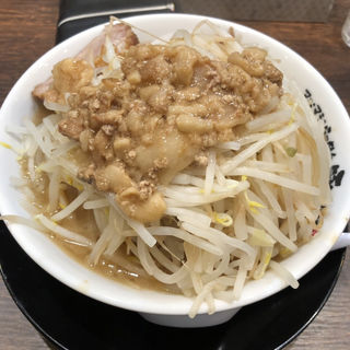 醤油ラーメン(マシマシらーめん 豚になれ)