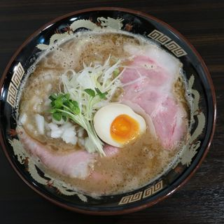 魚豚骨ラーメン(魚と豚と黒三兵)