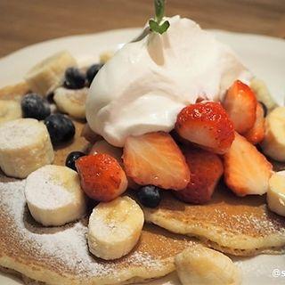 ミックスフルーツパンケーキ(オリジナルパンケーキハウス なんばパークス店)