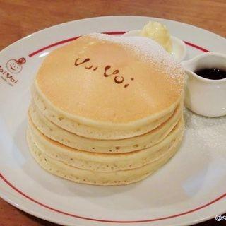 クラシックバターミルクパンケーキ 4枚(パンケーキママカフェ VoiVoi (ヴォイヴォイ))