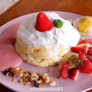 紅ほっぺ苺エスプーマパンケーキ(Parlor Vinefru 銀座)