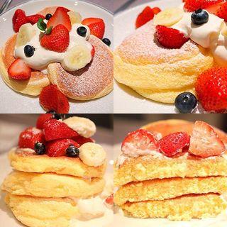 奇跡のパンケーキ【フレッシュフルーツ】